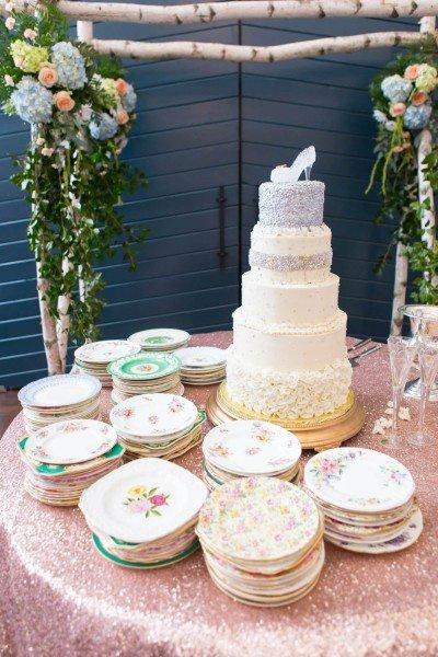 cinderella-cake-table