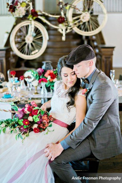summerour-vintage-wedding-table