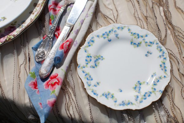 vintage plate blue white