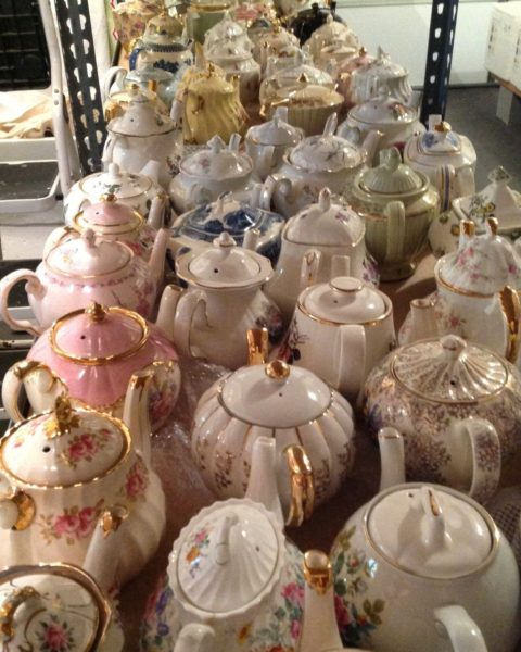 Teapots wash and dry by hand