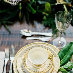 luxury-wedding-table-gold