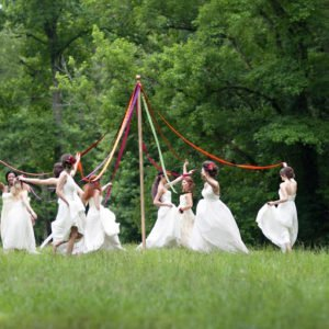 maypole-wedding-glenella