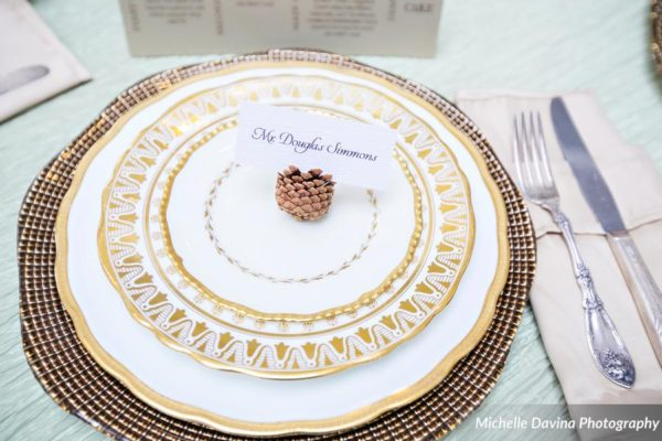 gold-table-setting