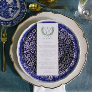 wedding-table-blue-white