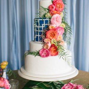 wedding-cake-blue