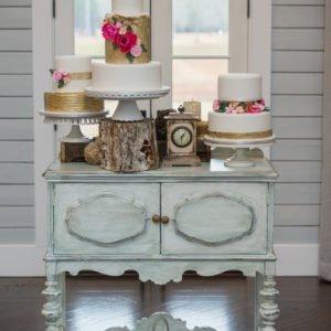 Cake-table-vintage