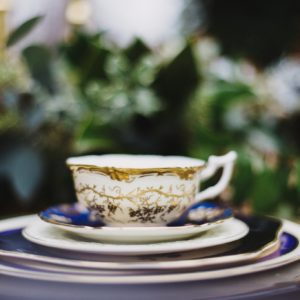 Tea-cup-white-gold