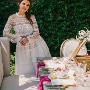 Bride-wedding-table-luxury