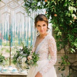 Bride-Turquoise-Backdrop