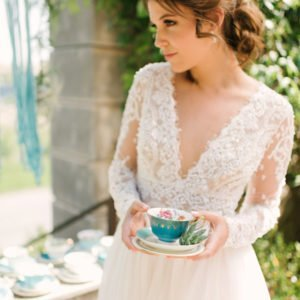 Bride-turquoise-teacup