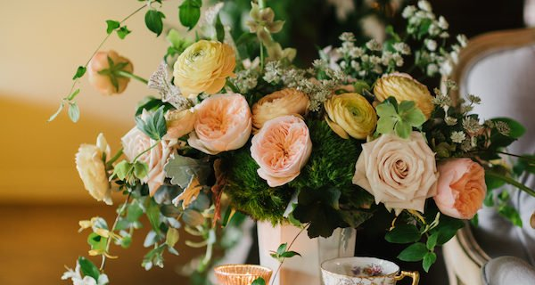 wedding-flowers-peach