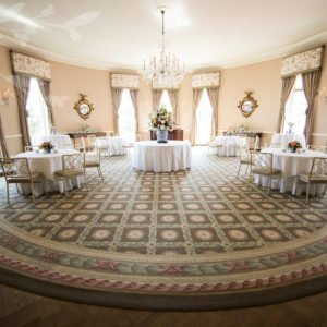 wedding-entrance-table