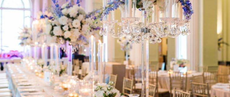 Blue-white-head-table