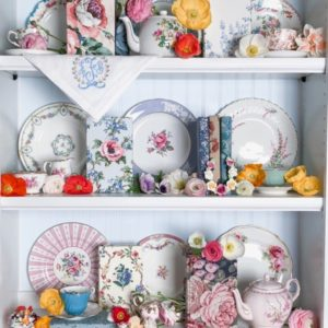 pink-shelves-china