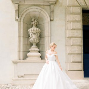 Anne-barge-bridal-gown