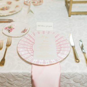 Wedding-table-setting-pink