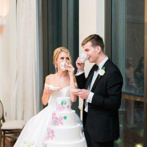 Bride-groom-drink-tea