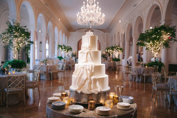 Wedding-cake-white-atlanta-luxury