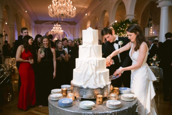 White-wedding-cake-atlanta
