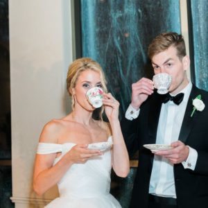 Bride-groom-drink-tea