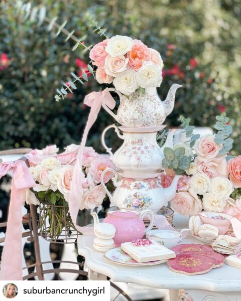 Teapots-stacked-pink