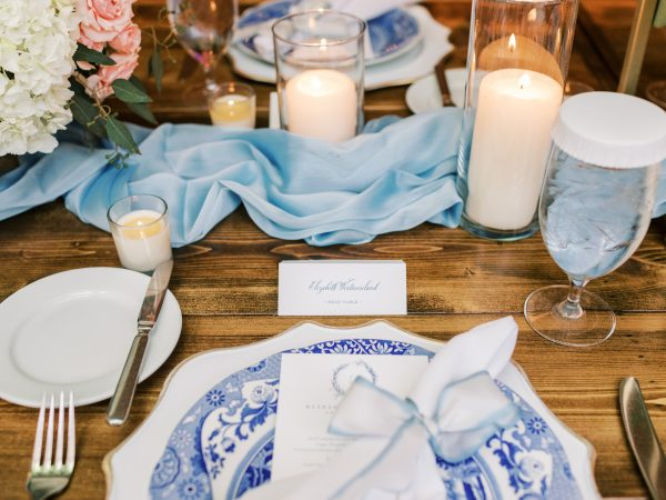 blue-white-wedding-table